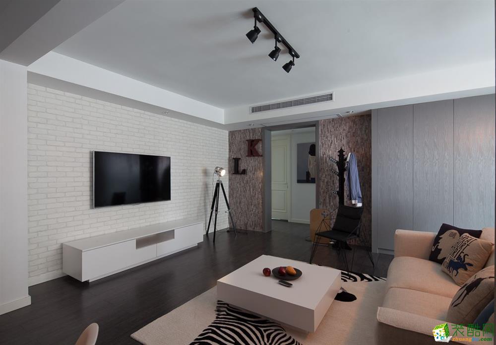 混搭风格115平米三室两厅装修实景案例图--云上装饰