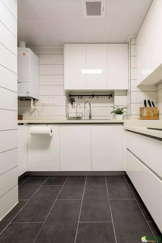 厨房  96�O自然原木风,营造很高级的感觉!