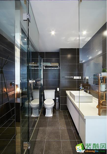 卫浴 原木现代简约风格150平米三室两厅装修案例效果图赏析--80印象装饰 原木现代简约风