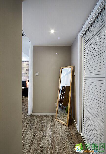 卧室 原木现代简约风格150平米三室两厅装修案例效果图赏析--80印象装饰 原木现代简约风