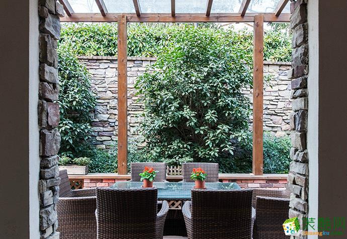 花园 上海385平米装修--现代风格别墅装修案例效果图赏析 聚通装潢 万科兰乔圣菲别墅设计