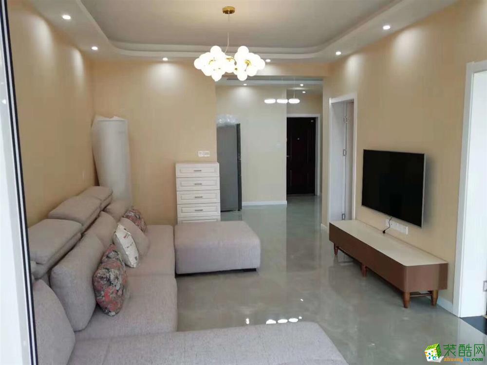 十堰金色礼赞84平米小三室含柜子家具灯具窗帘整装