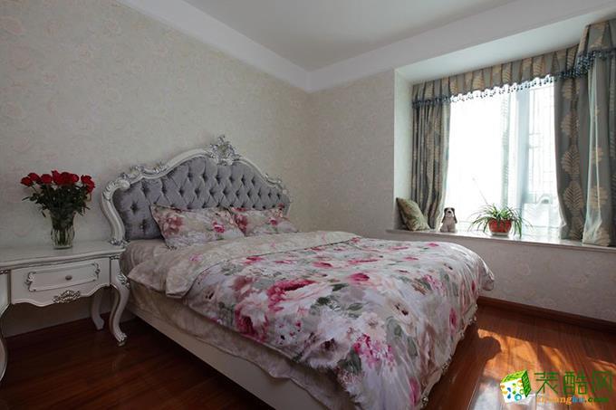 125平米三居室法式风格装修效果图