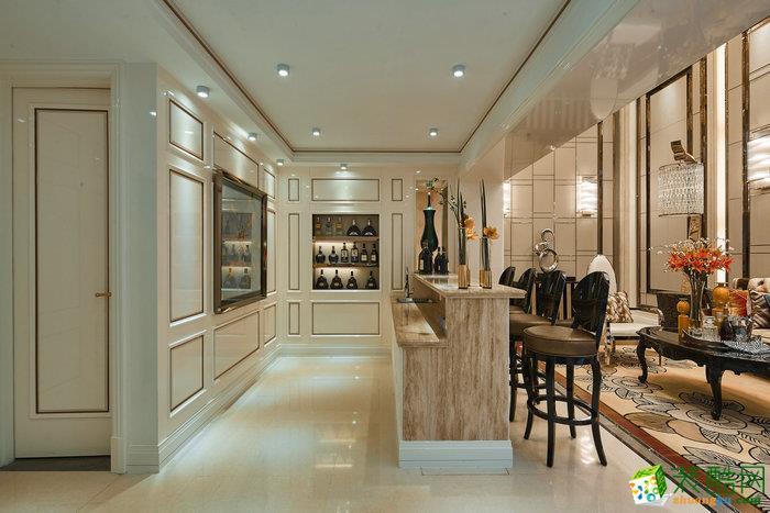 >> 上海160平米欧式风格四室两厅一厨两卫案例装修效果图