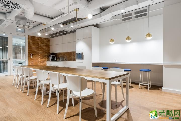 郑州办公室装修—九鼎装饰300平方工业风格装修效果图
