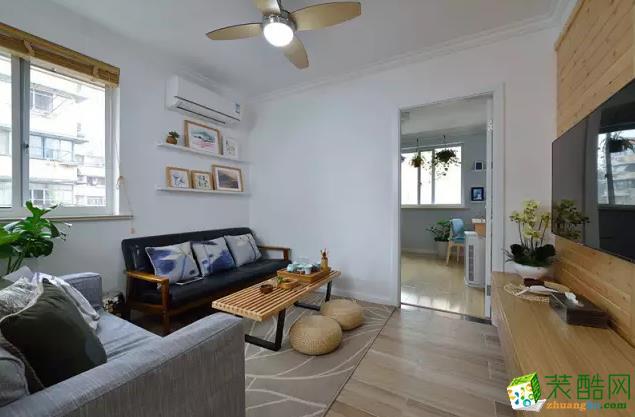 同心苑61�O两居室原木风旧房翻新案例