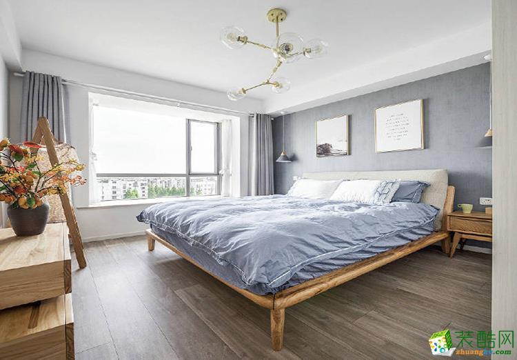 125平米三居室现代简约装修效果图