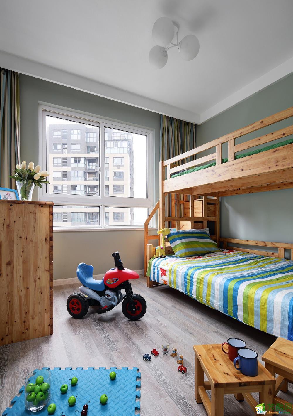悦山水95�O三室一厅一卫北欧风格装修设计效果图