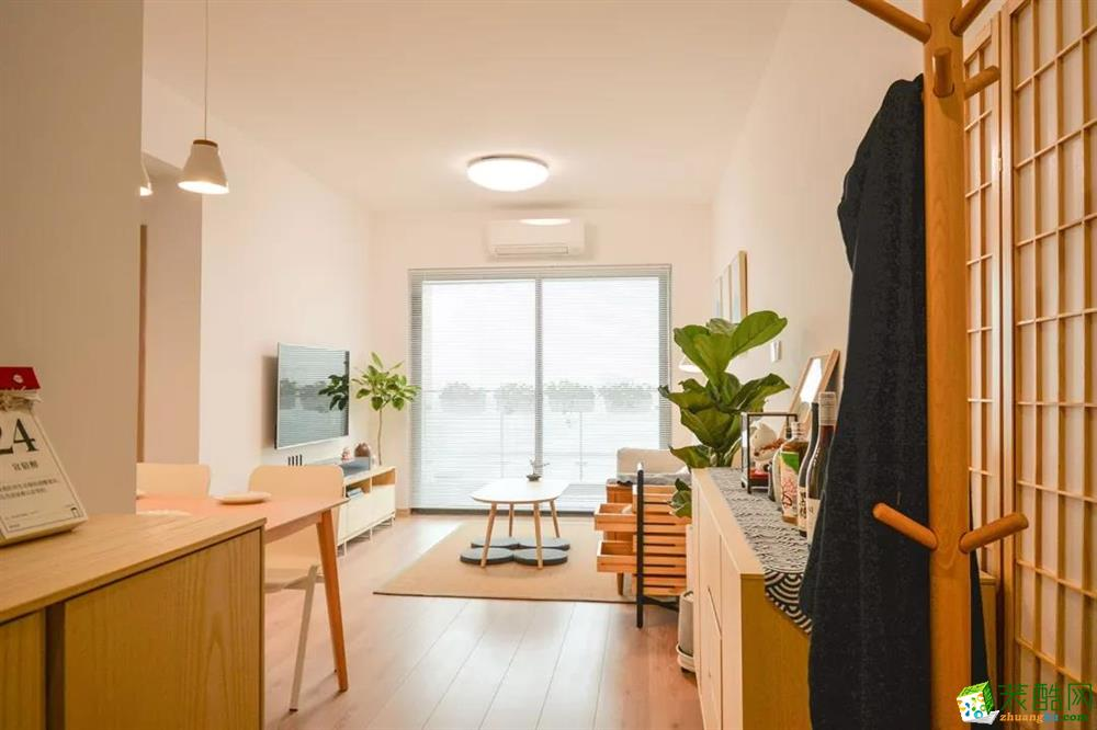 武汉63㎡两室一厅一卫现代风格装修设计效果图