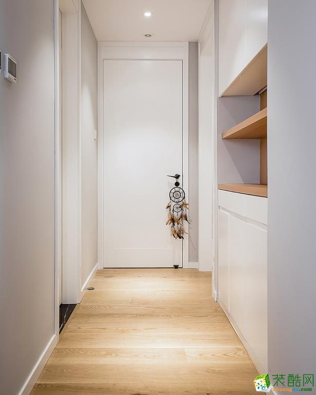 衣帽间  昆明110平3室2厅简约风格装修案例图-大美装饰
