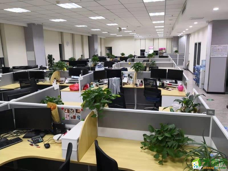光谷青岛优创科技公司办公室