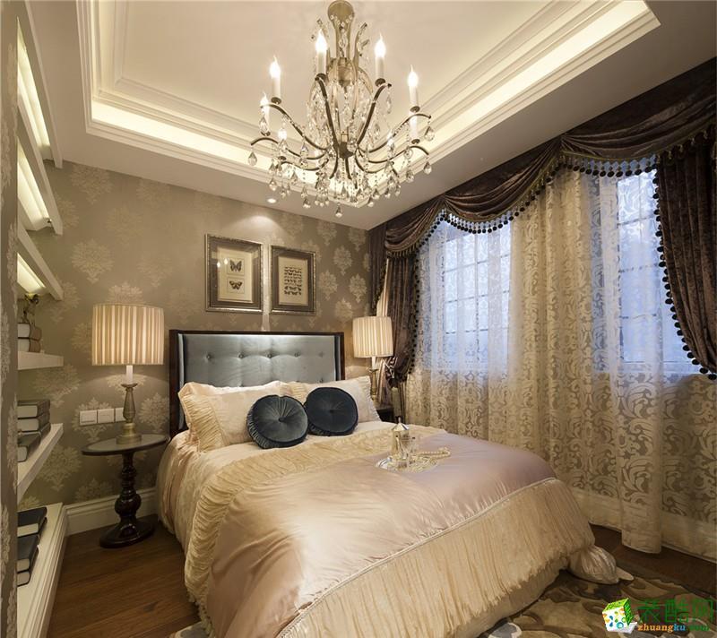 法式风格三居室装修效果图