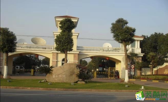 上海浦东新区康桥路1801弄罗山绿洲别墅暖气片安装施工案例