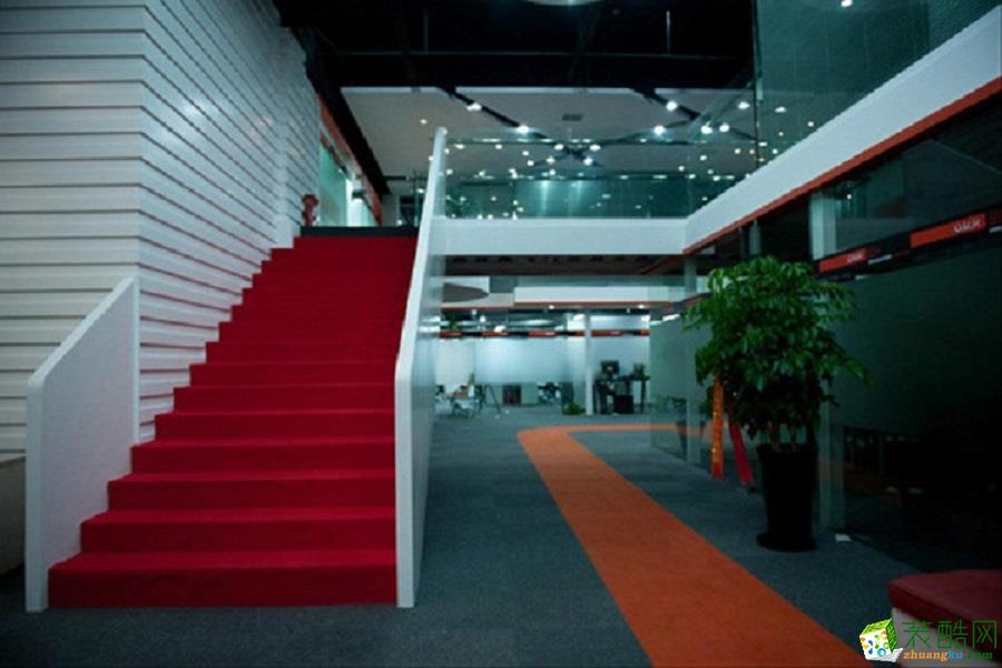 820m2创意办公室装修案例
