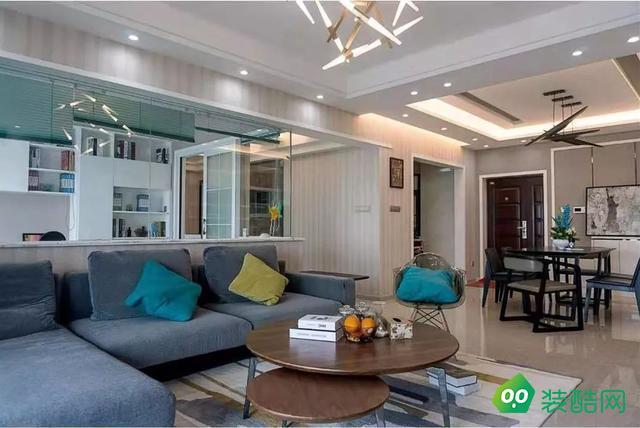118平的現代風三居室,書房和客廳打通,讓空間更加寬敞
