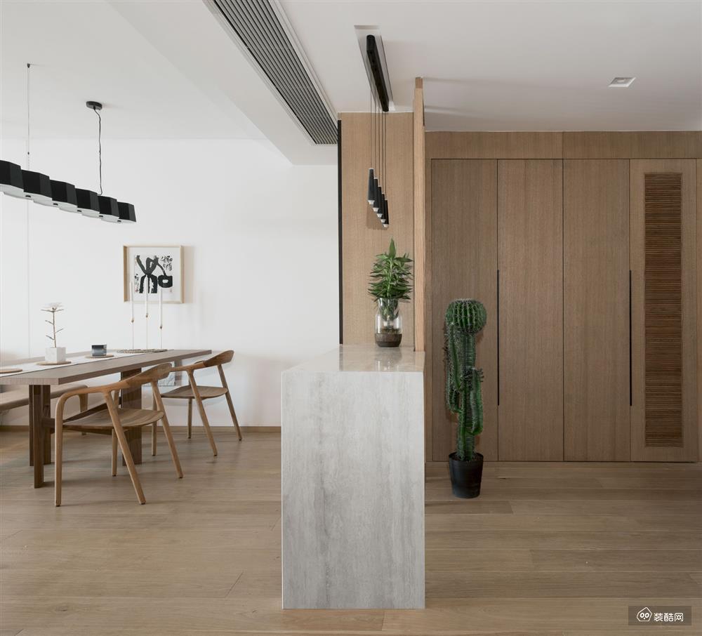 100㎡三室一厅装修设计案例