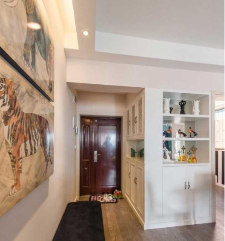 卧室走廊,书房用玻璃设计成全透明的,让空间看起来更加的通透.