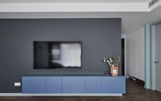 电视背景墙到底要不要造型?简约款背景墙你值得拥有