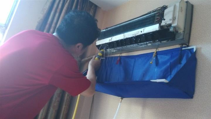 挂式空调怎样清洗_空调清洗一次多少钱_家用空调怎么清洗-装酷网